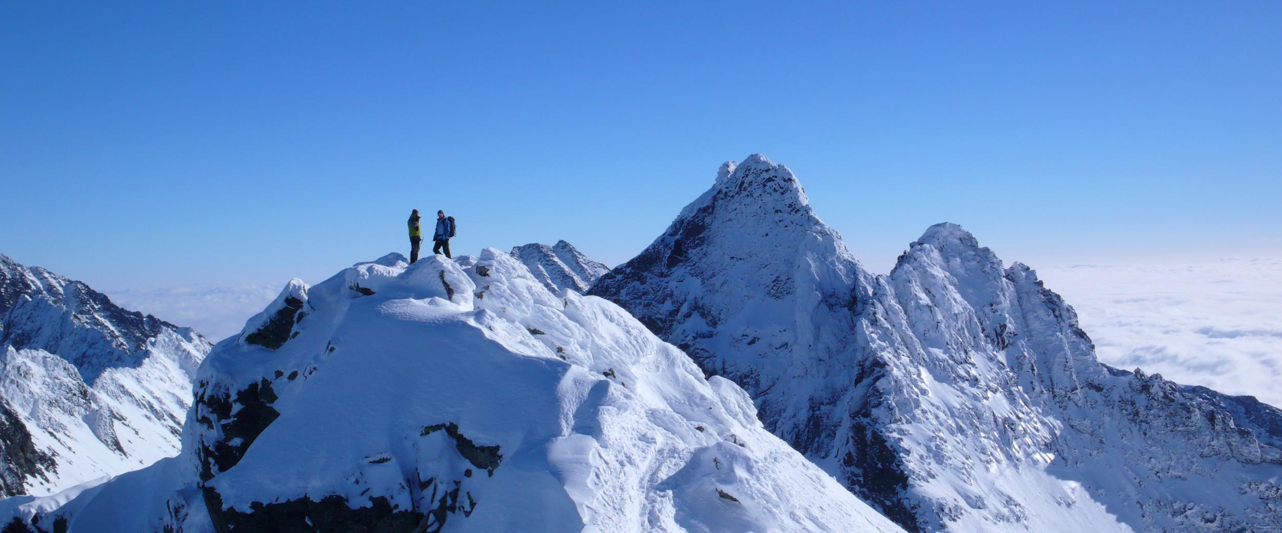 IFMGA, Národná asociácia horských vodcov Slovenskej republiky, Na vrchole Rysov, Photography by Igor Trgina